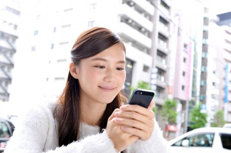 Tinder(ティンダー)を使っている可能性が高い女性の画像