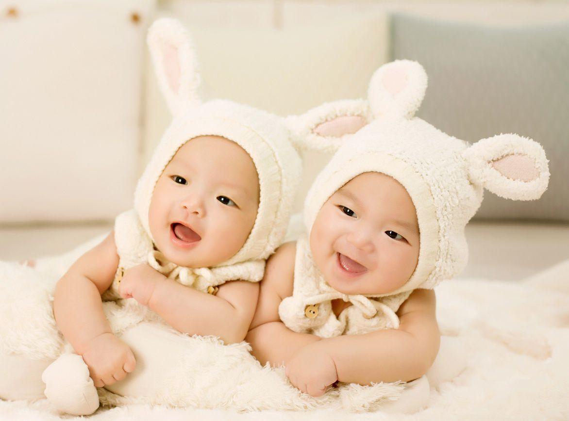 かわいい双子の写真